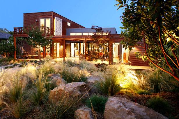 Casa de madera lujosa y moderna casas de madera - Casas de madera lujo ...