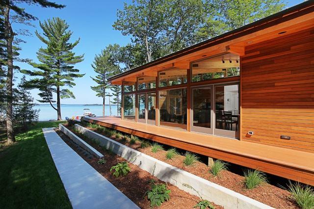 Casa de Madera en el lago